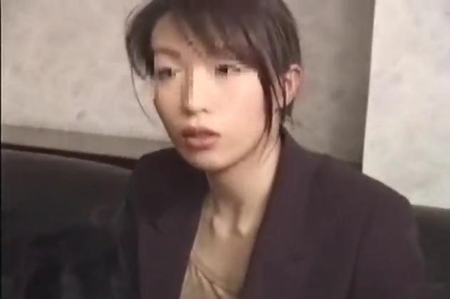 【中出し撮影】新宿で指名NO1の美人キャバ嬢を縛ってトイレで中出し