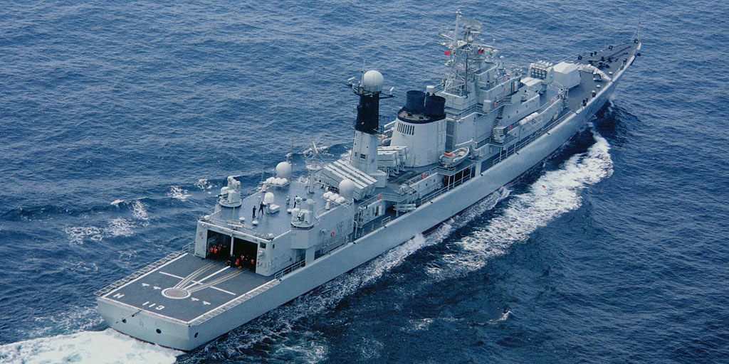 052型駆逐艦(ルフ型/旅滬型) -...