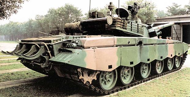 98式戦車(WZ-123/ZTZ-98) - 日...