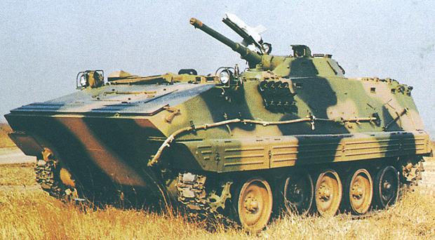 85/89式装甲兵員輸送車