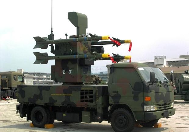捷羚」近距離地対空ミサイル(天...